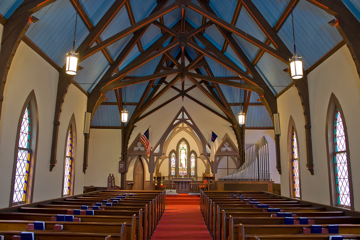 Pequot Chapel, located in New London, CT, boasts two glorious, Tiffany stained-glass windows. (Peter M. Weber photo)