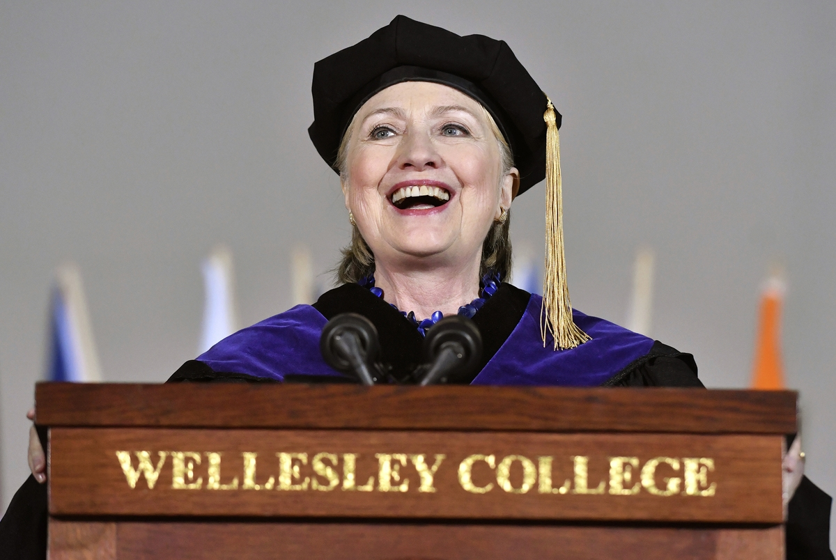 <b></b> Former Secretary of State Hillary Clinton delivers the commencement address at Wellesley College, Friday, May 26, 2017, in Wellesley, Mass. Clinton graduated from the school in 1969. (AP Photo/Josh Reynolds)