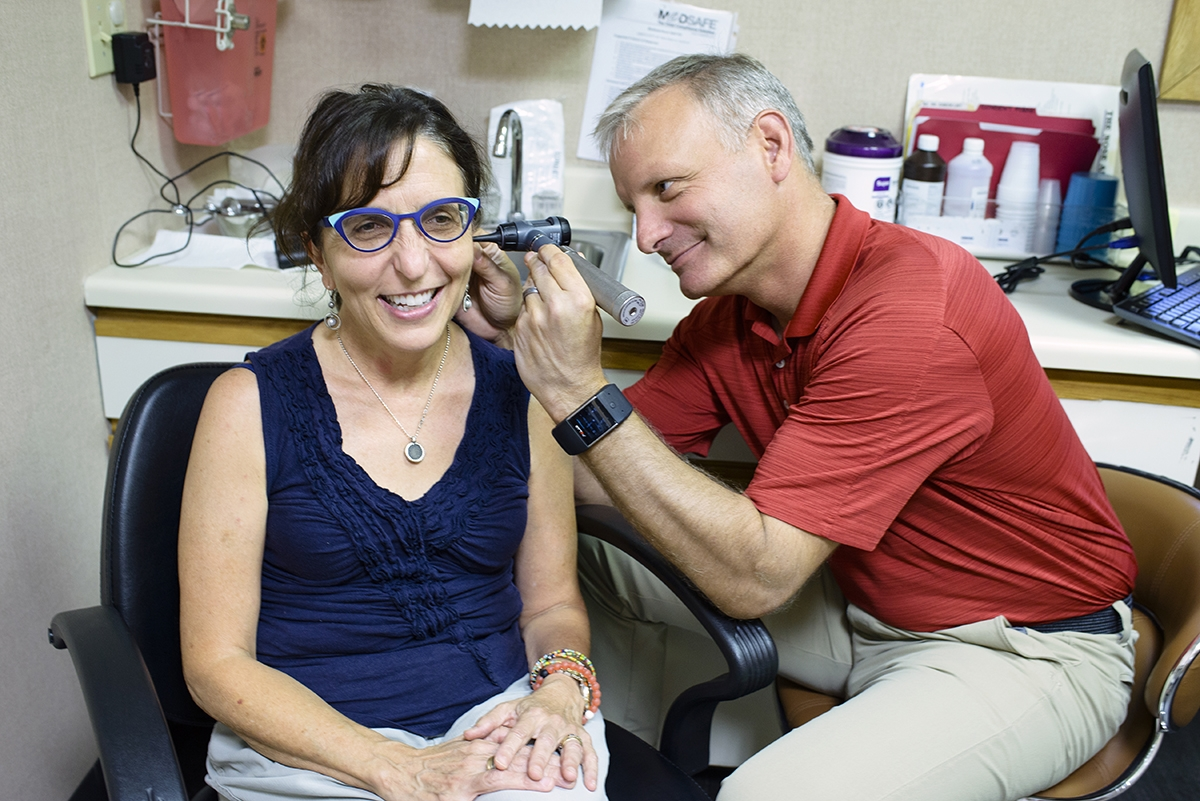 <b></b> Ruth Leboritz sees Dr. David Boisoneau  at the Ear, Nose, & Throat Associates of Southeastern Connecticut's Waterford office. (Peter M. Weber photo)