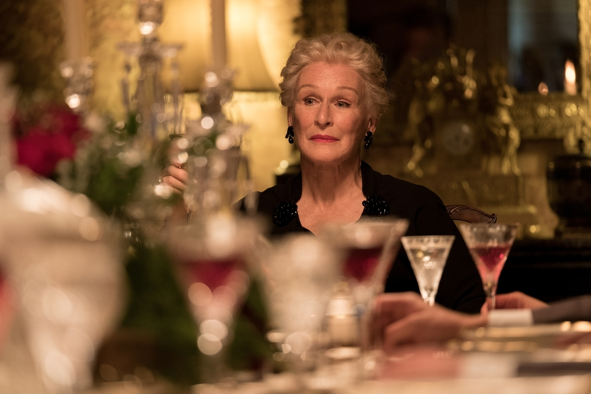 <b></b> Actress Glenn Close stars in