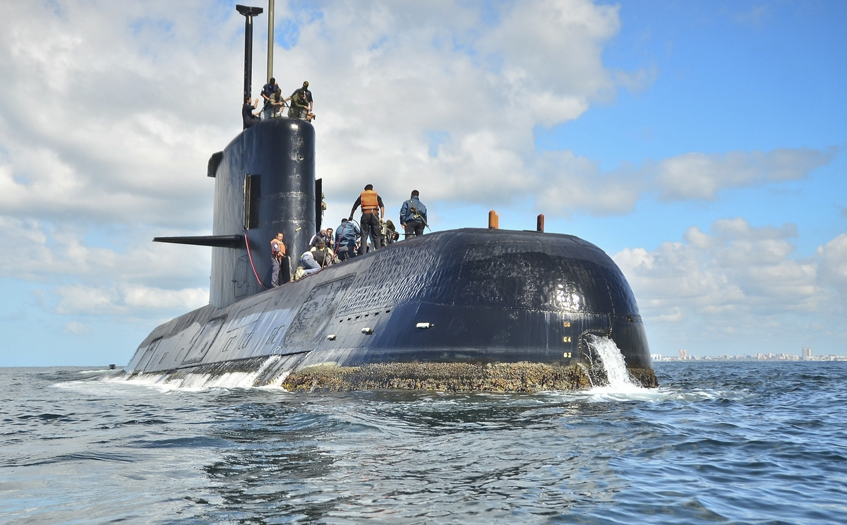 <b></b> This undated photo provided by the Argentine navy shows an ARA San Juan, a German-built diesel-electric vessel, near Buenos Aires, Argentina. Argentina's navy said Friday, Nov. 17, 2017, it has lost contact with its ARA San Juan submarine off the country's southern coast. (Argentina navy via AP )