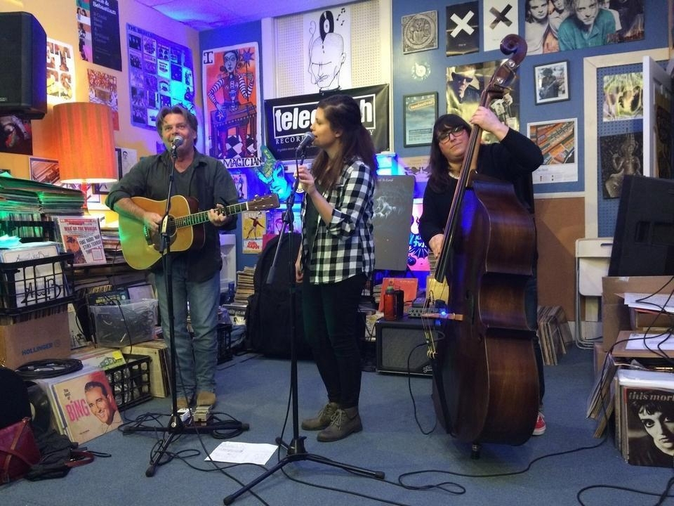 <b></b> The CarLeans, from left, Jim Carpenter, Sarah MacLean and Corina Malbaurn (Peter Huoppi/The Day)